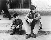 padre e figlio seduti