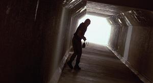 indiano nel tunnel