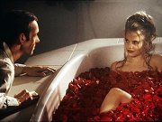 kevin spacey e mena suvari vasca rose