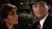 karen allen e bill murray in sos fantasmi