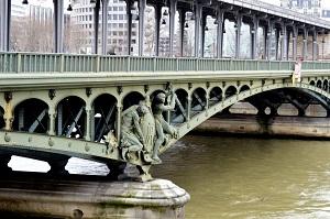 il pont de bir-hakeim