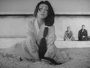 rashomon vedova kimono bianco